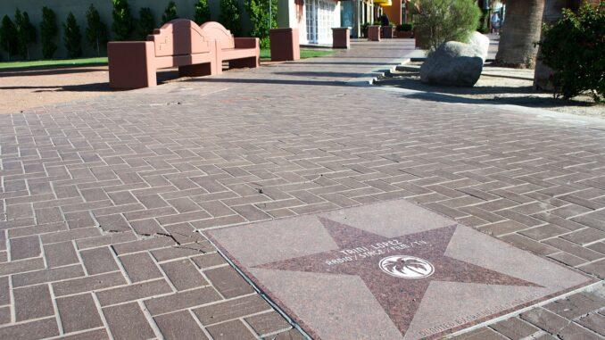 Trini Lopez Star/Wikipedia Commons
